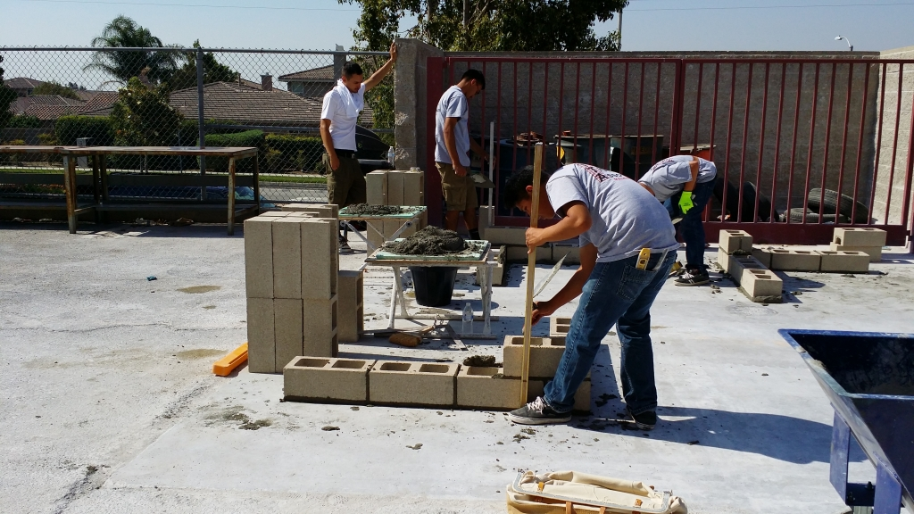 Top Notch Trowel competition brick laying 2
